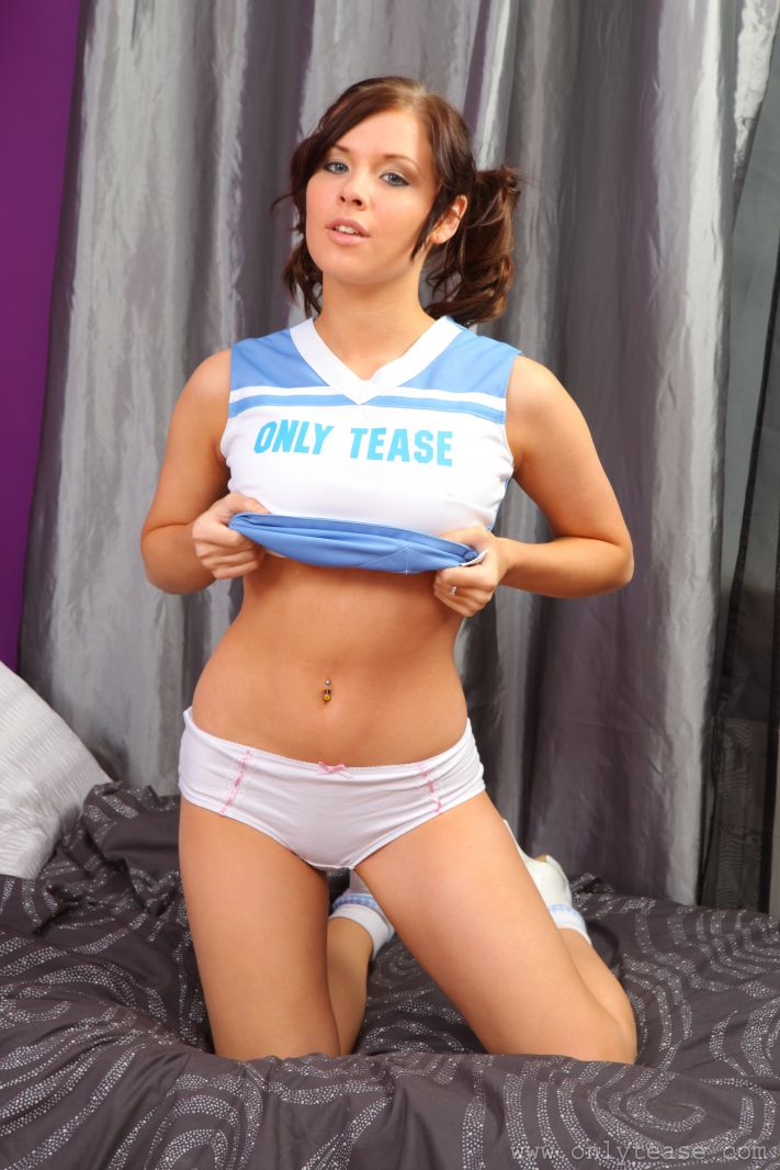Images of Sexy Cheerleader Strips - Amateur Adult Gallery