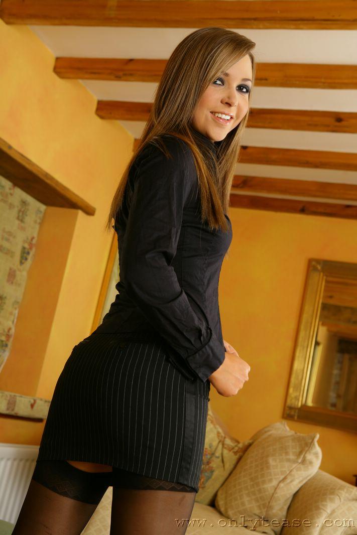 Sexy Secretary Loora In Black Stockings  Only Tease Fan-6184